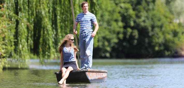 romantic in cambridge punting