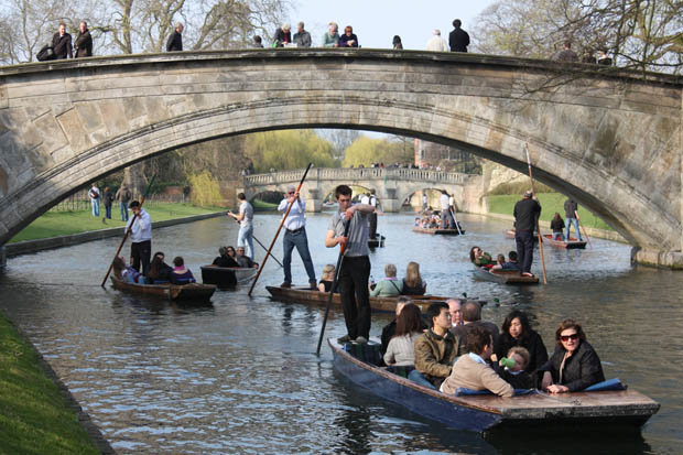 Cambridge Punting and Gondola Rides